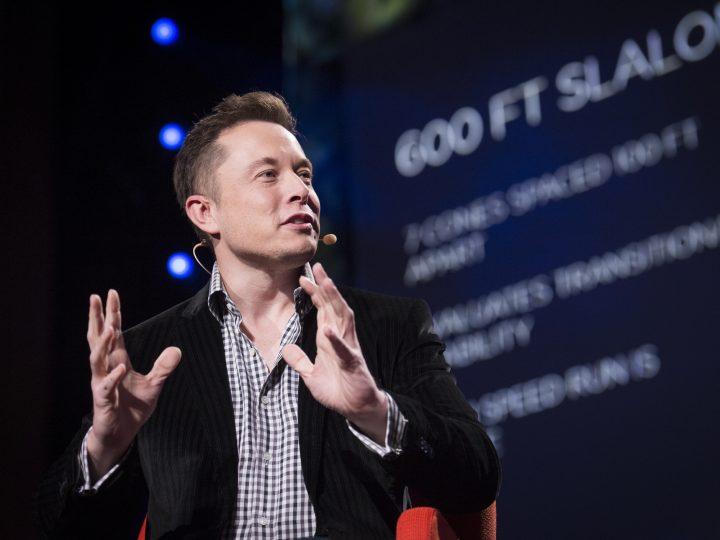 Elon Muskin mukaan rahan pitäminen käteisenä on tyhmempää kuin sen säilyttäminen Bitcoinissa