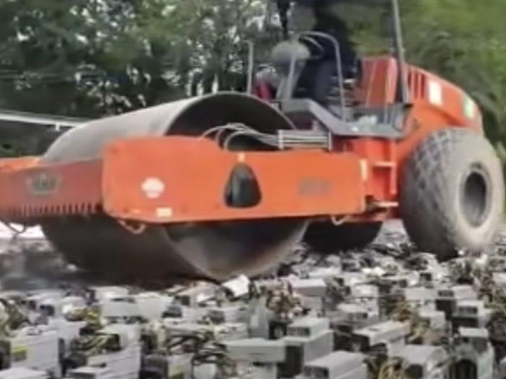 Malesiassa tuhotaan Bitcoin louhintafarmi tiejyrällä