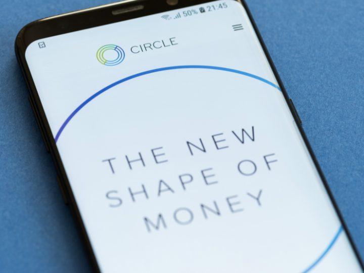Circle listautuu pörssiin